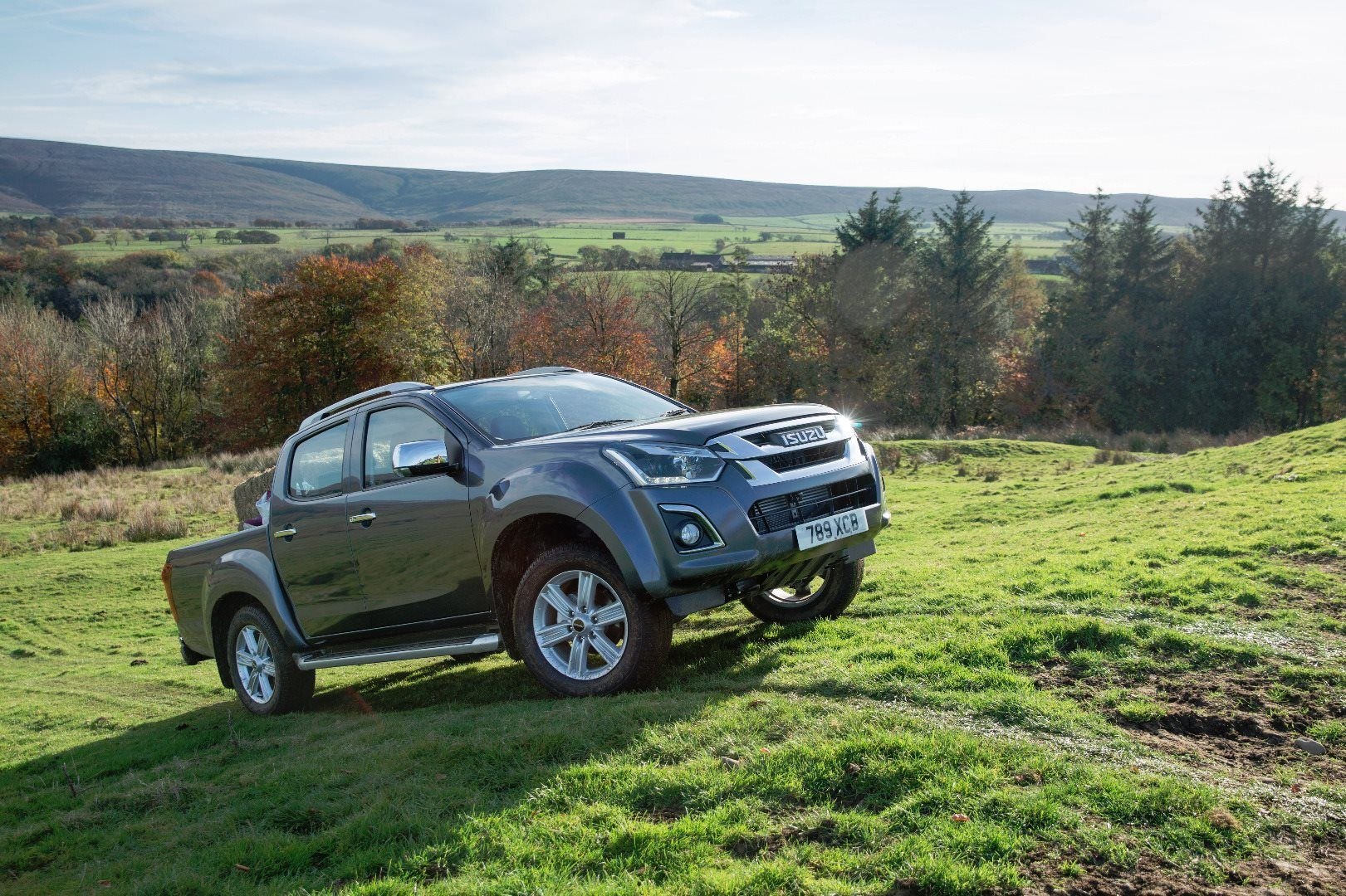 Pick-up award-winning Isuzu D-Max benefits and the best value Contract Hire Deal on the market.